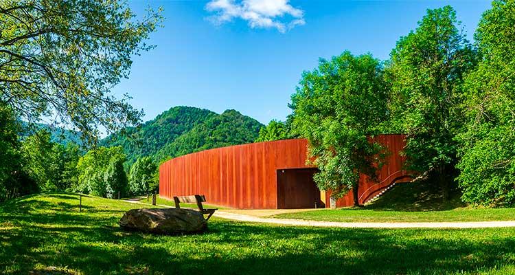 Parque Prehistoria de Teverga