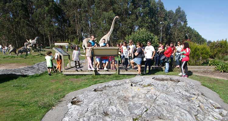 Taller en familia: Descubriendo la Costa de los Dinosaurios